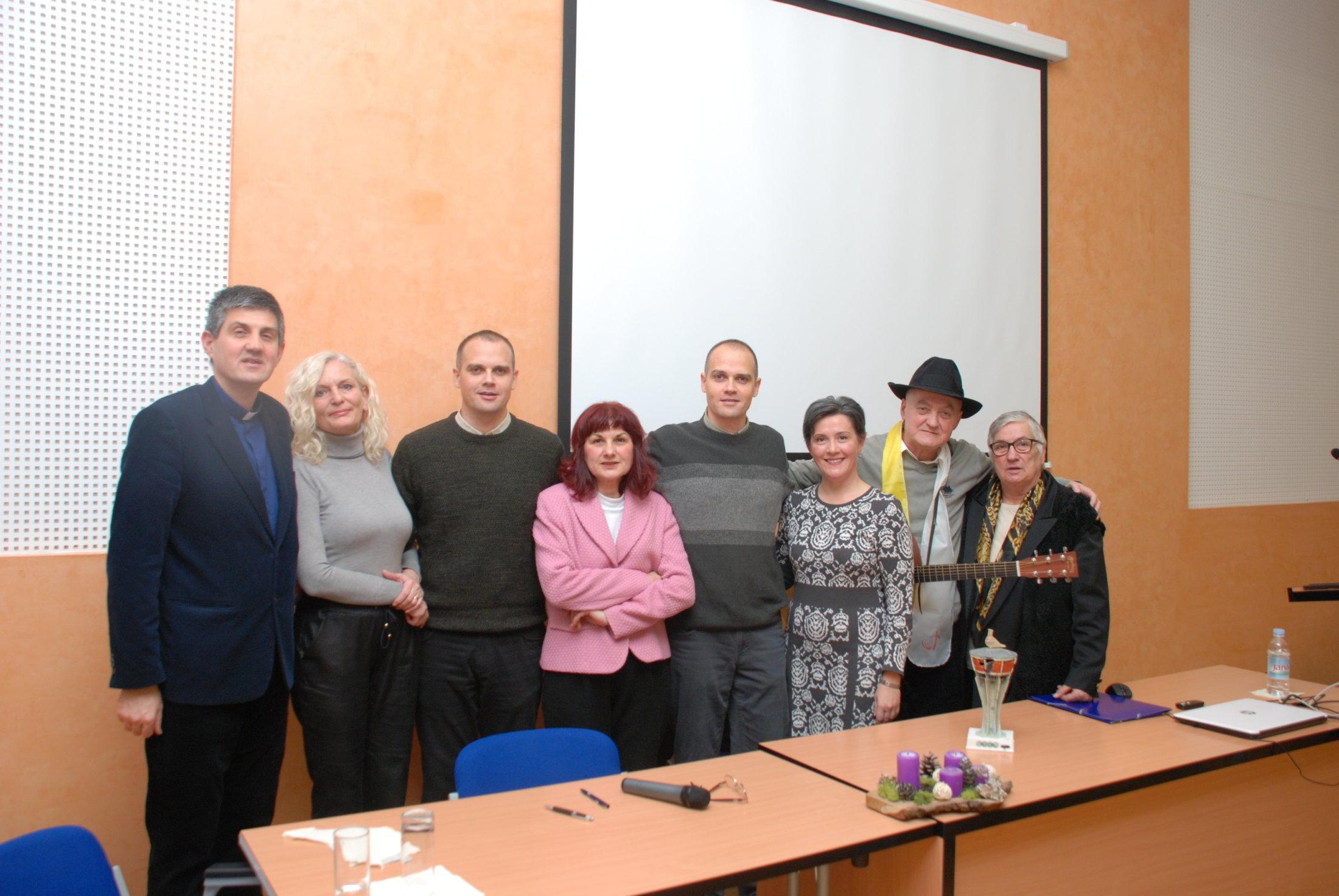 Izvoditelji 2.UKI-jevog Adv.susreta U Vikarijatu Osijek,10.12.19.
