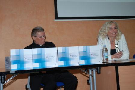 Ružica Pšihistal Govori O Monografiji UKI-ja,Vikarijat Osijek,15.11.19.
