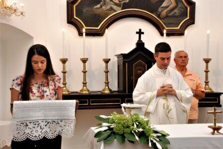 Aklina Kurmaić čita Molitvu Vjernika Na Misi,Osijek,28.8.20.